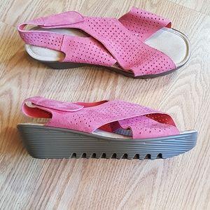 Skechers Suede Leather Wedge Heel Sandals EUC